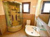 Lapta'Da Satılık 3 Yatak Odalı Villa